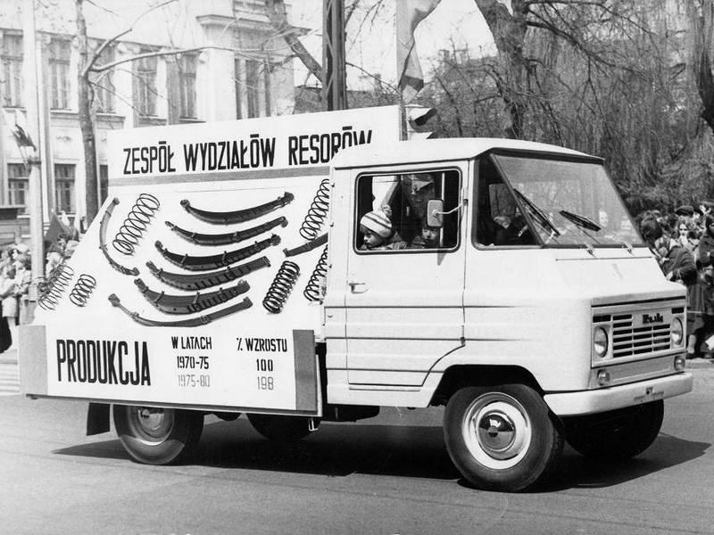 zuk_a07b_delivery_truck_1.jpg